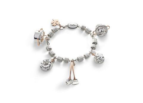 Jewellery, Body jewelry, Fashion accessory, Bracelet, Metal, Natural material, Chain, Jewelry making, Gemstone, Circle,