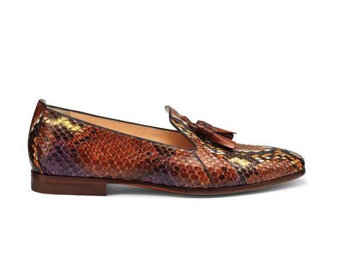 Brown, Product, Tan, Maroon, Liver, Beige, Dress shoe, Ballet flat, Natural material, Fashion design,