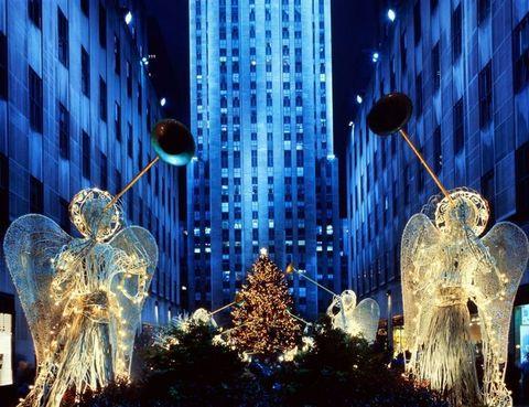 Building, Tower block, Downtown, Street light, Skyscraper, Condominium, Christmas decoration, Christmas, Commercial building, Metropolis,