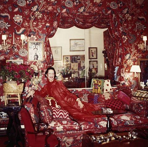Interior design, Room, Red, Furniture, Interior design, Couch, Living room, Picture frame, Lamp, Ornament,