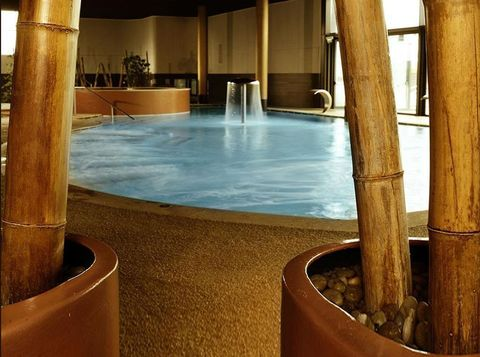 Property, Fluid, Swimming pool, Interior design, Composite material, Water feature, Column, Design, Tile, Resort,