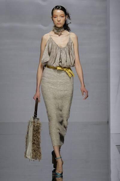 Clothing, Human, Human body, Shoulder, Joint, Waist, Style, Fashion model, Fashion, Neck,