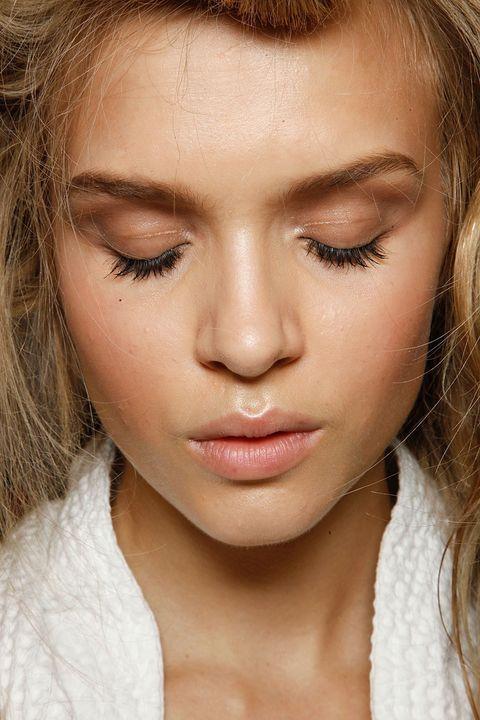 Lip, Cheek, Brown, Hairstyle, Skin, Chin, Forehead, Eyebrow, Eyelash, Jaw,