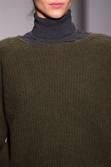 Clothing, Sleeve, Shoulder, Textile, Joint, Wool, Sweater, Woolen, Fashion, Neck,
