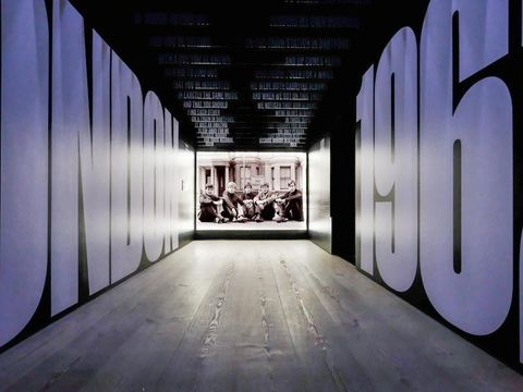 Floor, Flooring, Style, Line, Ceiling, Light, Wood flooring, Darkness, Laminate flooring, Monochrome,