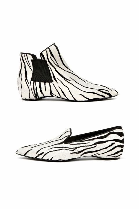 White, Line, Tan, Illustration, Drawing, Line art, Artwork, Sketch, Walking shoe, Sock,