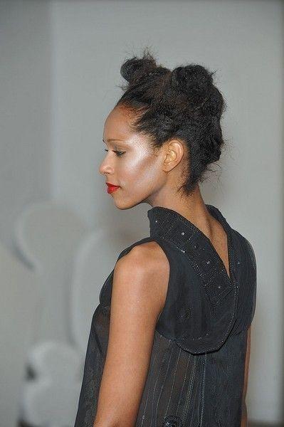 Hairstyle, Shoulder, Style, Black hair, Neck, Eyelash, Long hair, Day dress, Makeover, Model,