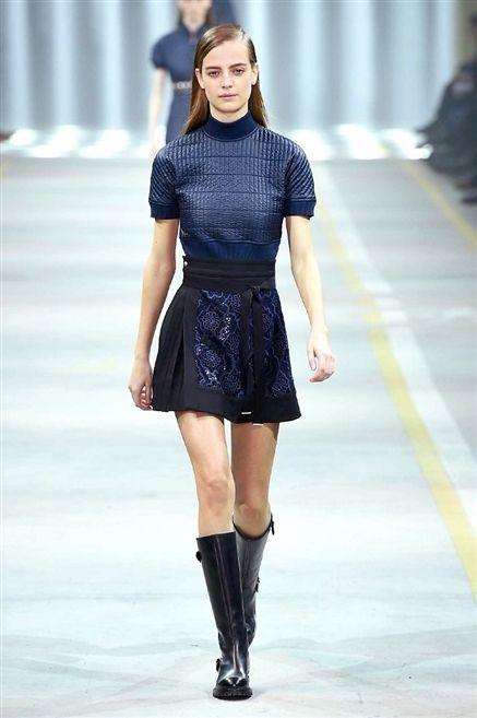 Clothing, Sleeve, Shoulder, Fashion show, Joint, Outerwear, Human leg, Fashion model, Style, Street fashion,