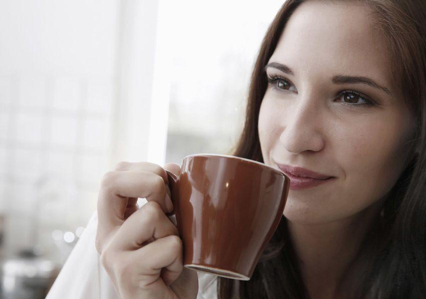 """I cibi sostituti del caffè: 7 alternative più sane per """"tirarsi su"""""""