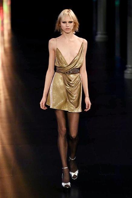 Shoulder, Human leg, Joint, Dress, Style, Fashion model, One-piece garment, Waist, Fashion, Fashion show,