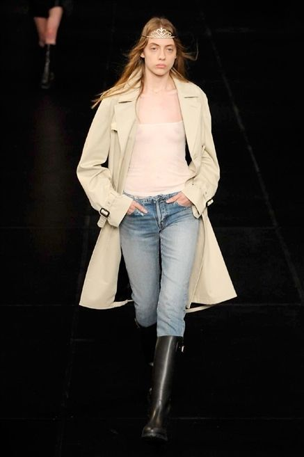 Clothing, Jacket, Sleeve, Denim, Trousers, Jeans, Textile, Outerwear, Standing, Style,