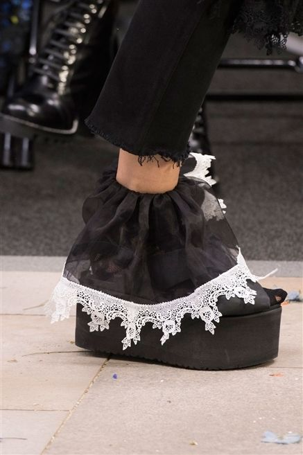 Style, Fashion, Black, Street fashion, Costume accessory, Embellishment, Leather, Shadow, Ankle,