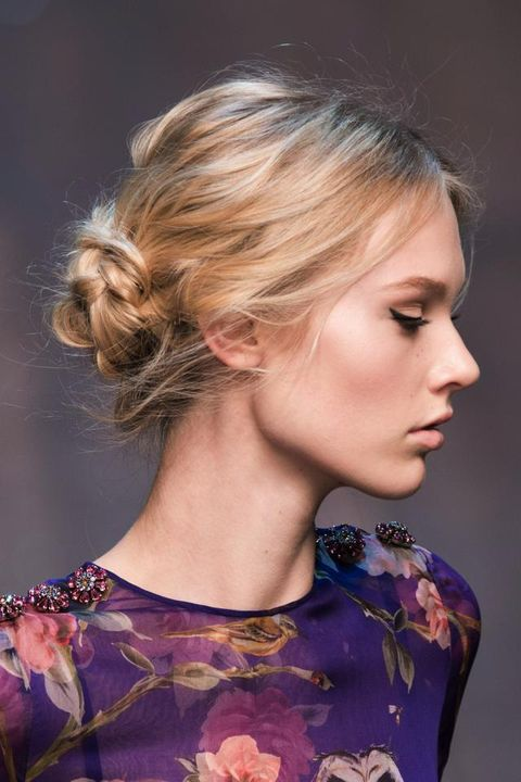 Clothing, Hair, Head, Ear, Hairstyle, Eyelash, Earrings, Style, Beauty, Fashion,