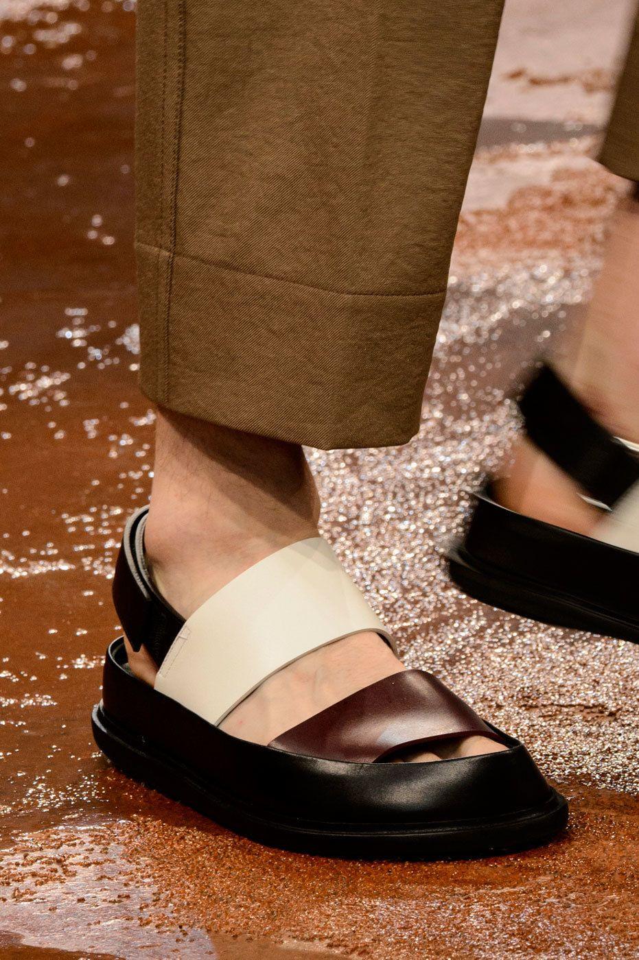 Scarpe 2017 Primavera Estate Uomo dalla Milano Fashion Week acb9750efc9