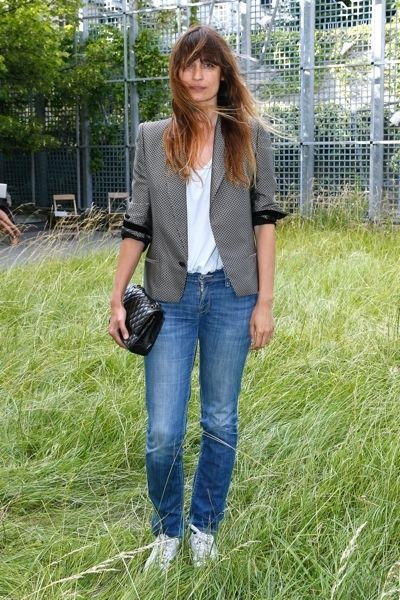 Clothing, Denim, Trousers, Jeans, Textile, Outerwear, Style, Pocket, Street fashion, Pattern,