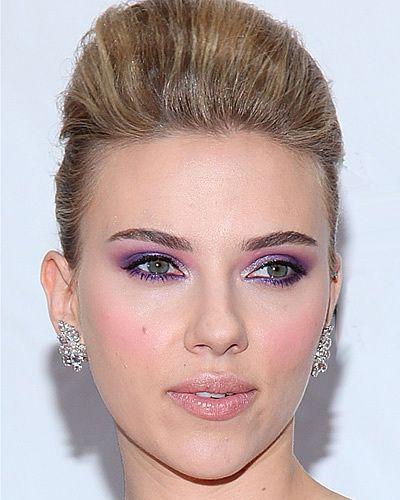 Scarlett Johansson in total make up Dolce   Gabbana 140cd04ce9b