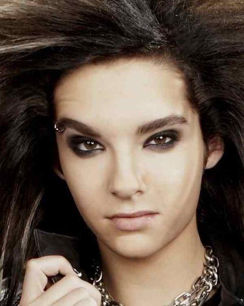 Head, Nose, Lip, Cheek, Eye, Hairstyle, Skin, Chin, Forehead, Eyelash,