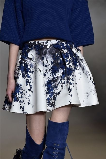 Clothing, Blue, Sleeve, Shoulder, Human leg, Textile, Joint, Outerwear, White, Electric blue,