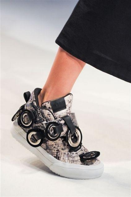 Style, Fashion, Strap, Silver, Ankle, Camera, Walking shoe, Reflex camera, Roller skates, Camera lens,