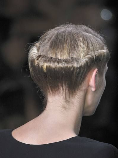 Hair, Hairstyle, Shoulder, Style, Neck, Back, Blond, Hair coloring,