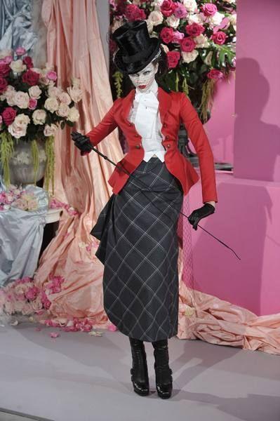 Petal, Textile, Pink, Flower, Style, Costume design, Fashion, Cut flowers, Curtain, Bouquet,