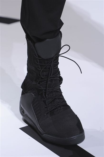 Footwear, Product, Shoe, White, Style, Carmine, Fashion, Black, Grey, Boot,