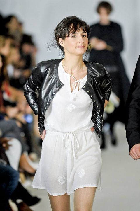 Outerwear, Jacket, Fashion model, Style, Thigh, Fashion show, Fashion, Black hair, Bangs, Blazer,