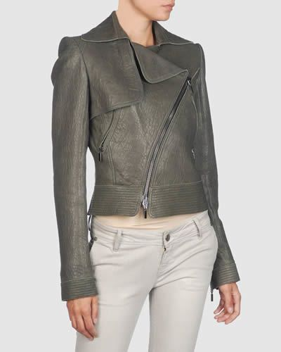 Clothing, Brown, Skin, Sleeve, Trousers, Shoulder, Textile, Standing, Joint, Khaki,