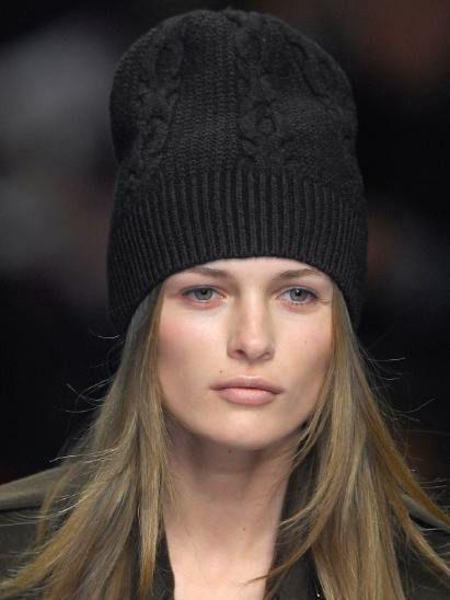 Nose, Lip, Chin, Eyebrow, Headgear, Organ, Winter, Beauty, Fashion, Street fashion,