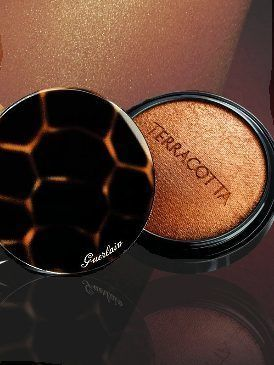 Brown, Amber, Tan, Photography, Bronze, Metal, Close-up, Face powder, Circle, Magnifier,