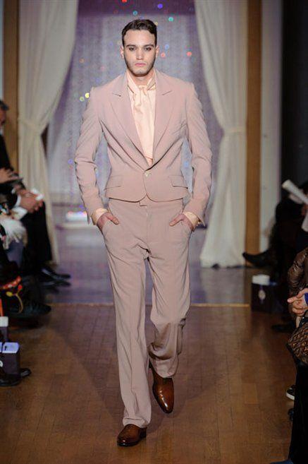 Footwear, Leg, Trousers, Dress shirt, Shoulder, Shirt, Fashion show, Shoe, Outerwear, Suit trousers,