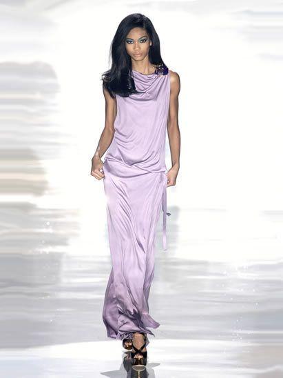 Human body, Shoulder, Joint, Fashion show, Style, Purple, Fashion model, Fashion, Lavender, Neck,