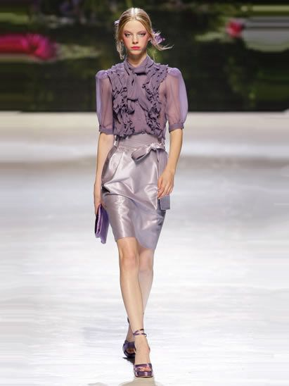 Clothing, Fashion show, Shoulder, Human leg, Joint, Runway, Fashion model, Style, Summer, Knee,