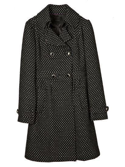 Clothing, Collar, Sleeve, Pattern, Dress shirt, Textile, White, Style, Fashion, Black,