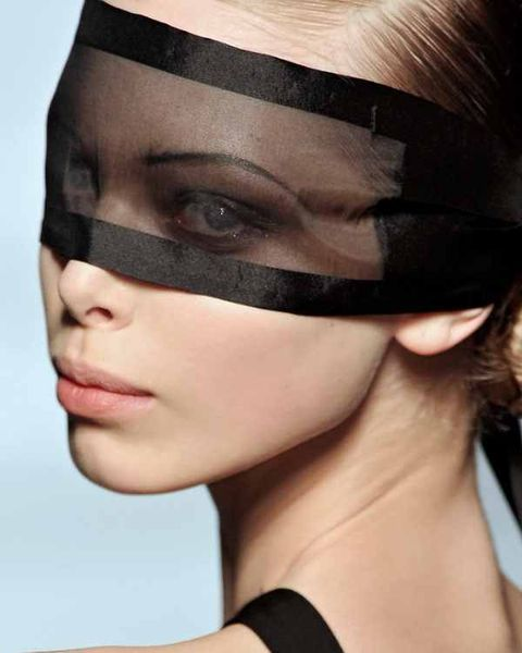 Hairstyle, Forehead, Eyebrow, Eyelash, Beauty, Fashion, Photography, Close-up, Makeover, Eye liner,