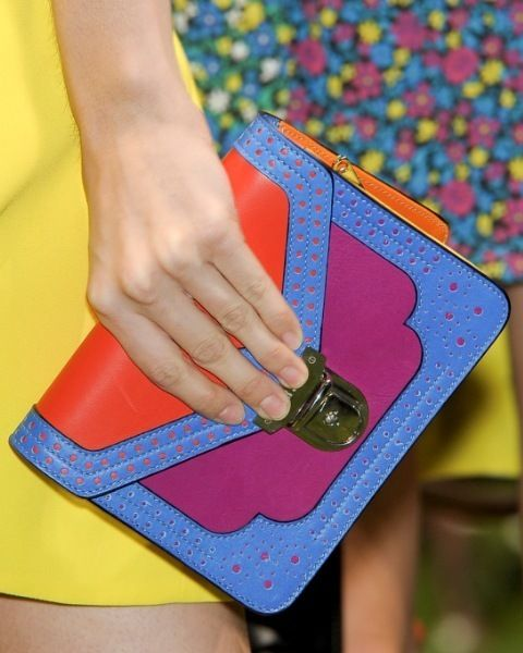 Finger, Wrist, Joint, Nail, Electric blue, Majorelle blue, Thumb, Bottle, Games, Bracelet,