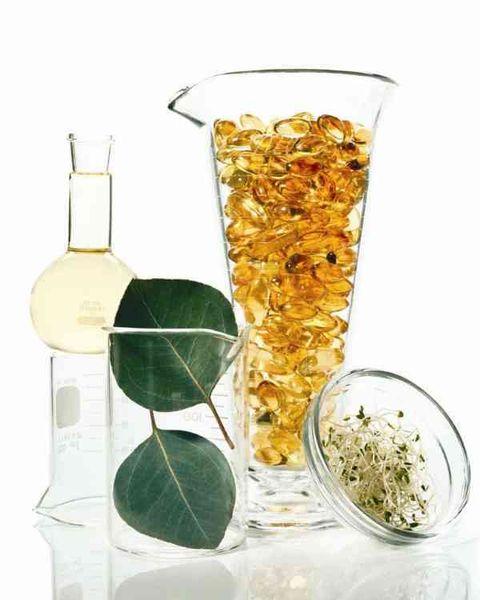 Liquid, Fluid, Drinkware, Glass, Drink, Distilled beverage, Barware, Oil, Transparent material, Serveware,