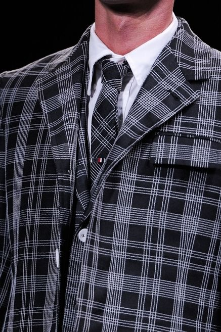 Clothing, Dress shirt, Collar, Sleeve, Pattern, Plaid, Textile, Shirt, Coat, Formal wear,