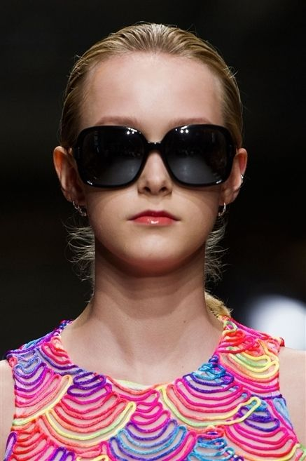 Clothing, Eyewear, Glasses, Ear, Vision care, Lip, Sunglasses, Goggles, Hairstyle, Chin,