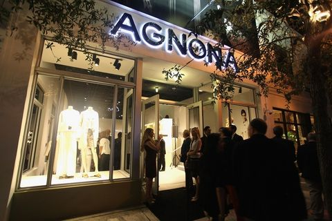 Lighting, Retail, Display window, Outlet store, Signage, Shopping, Trade, Boutique, Display case, Electronic signage,
