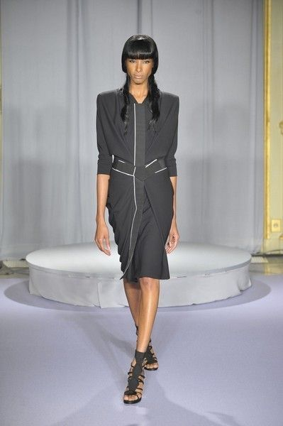 Clothing, Sleeve, Dress, Shoulder, Human leg, Textile, Joint, Style, Fashion model, Fashion show,