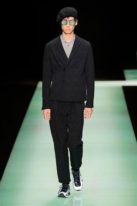 Eyewear, Sleeve, Trousers, Fashion show, Collar, Outerwear, Coat, Formal wear, Style, Runway,