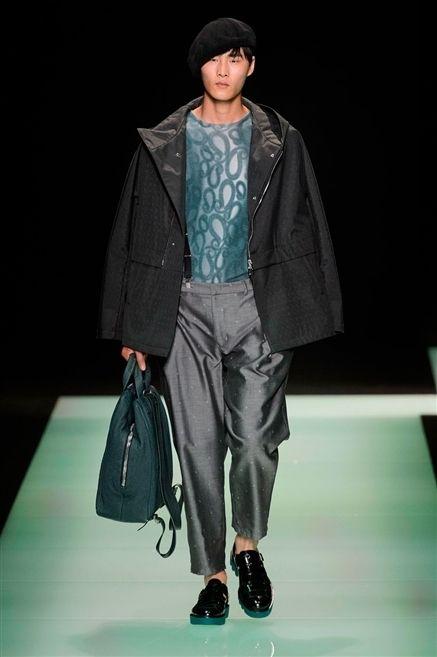 Clothing, Jacket, Textile, Shoe, Outerwear, Coat, Bag, Style, Cap, Fashion show,
