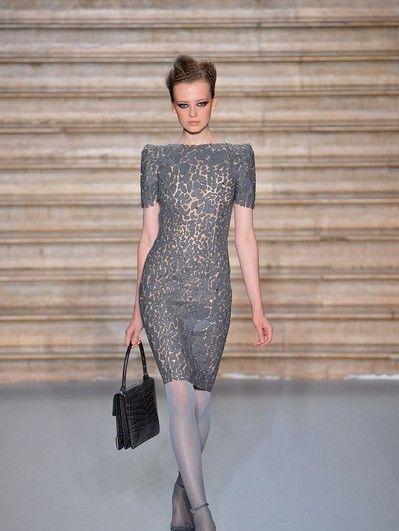 Clothing, Dress, Shoulder, Joint, Human leg, Style, Waist, Fashion show, Street fashion, Bag,