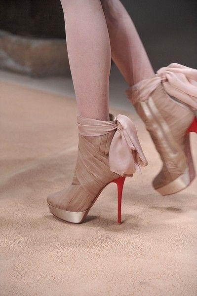 Footwear, High heels, Human leg, Joint, Pink, Sandal, Basic pump, Tan, Dancing shoe, Fashion,