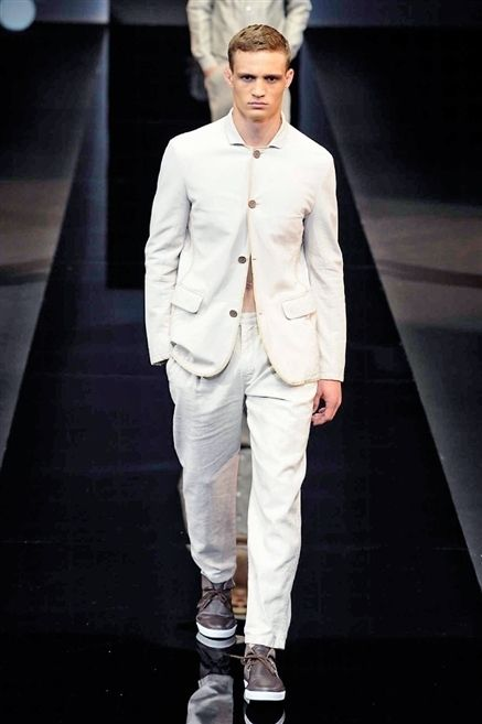 Clothing, Dress shirt, Collar, Shoe, Shirt, Outerwear, Fashion show, Formal wear, Style, Fashion model,