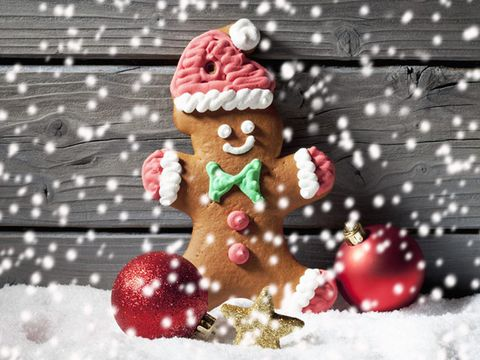 Winter, Christmas, Dessert, Holiday, Gingerbread, Christmas eve, Christmas decoration, Snow, Polka dot, Christmas ornament,