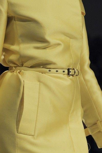 Textile, Collar, Khaki, Fashion, Bag, Tan, Pocket, Beige, Material property, Button,