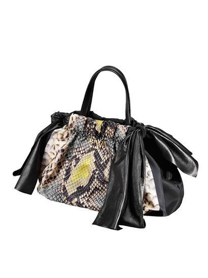 Product, Bag, White, Style, Luggage and bags, Shoulder bag, Fashion accessory, Black, Grey, Beige,