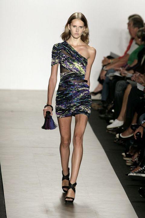 Clothing, Footwear, Leg, Human, Human leg, Human body, Shoulder, Joint, Fashion show, Dress,